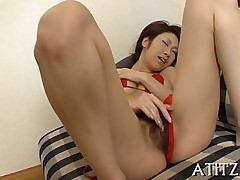 hairy japanese rubbing solo