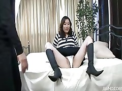 marvelous hitomi aizawa core dual lewd knobs asian blowjob group